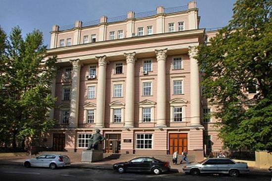 организация праздничной выписки из роддома Клиники акушерства и гинекологии им. Снегирева в Москве